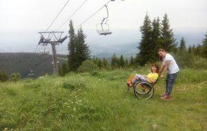 Праз чатыры краіны на інвалідным вазку: як гарадзенкі кінулі сабе выклік і паехалі ў падарожжа