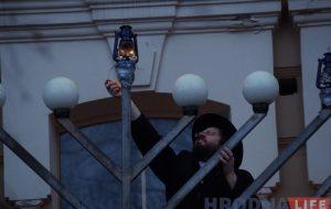 Запальваннем свечак на сінагозе гродзенскія яўрэі пачалi адзначаць Хануку