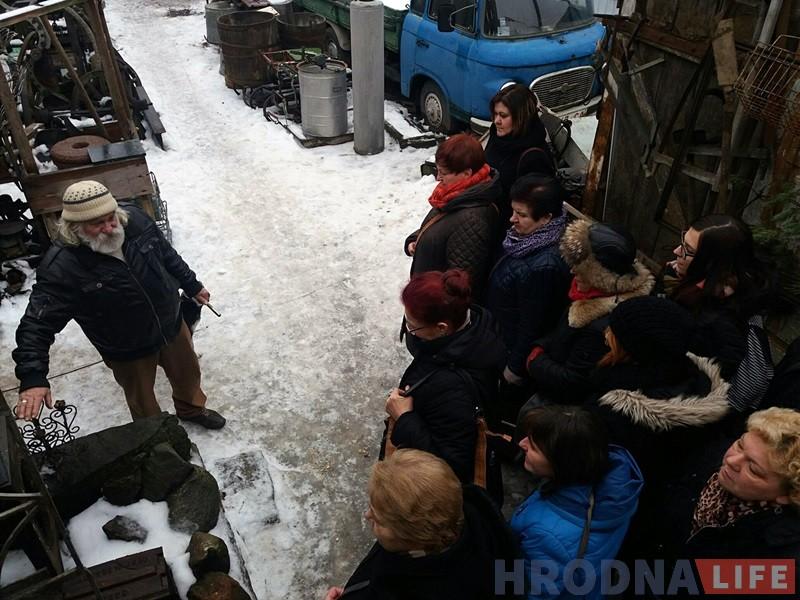 Вялiкая група бязвізавых турыстаў наведала музей Януша Парулiса