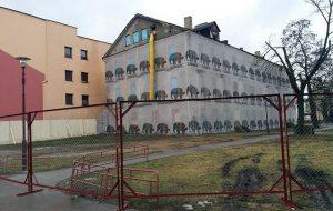 Восенню 2017 года каля дома Мураўёва з'явіцца чатырохзоркавая гасцініца