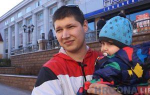 """Опрос на улицах: кто оденет галстук на финал и станет ли """"Неман"""" чемпионом в Гродно?"""