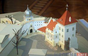 старый замок обсуждение 014