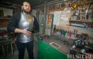 Профессия платнер. Кто сегодня в Беларуси производит аутентичные рыцарские доспехи?