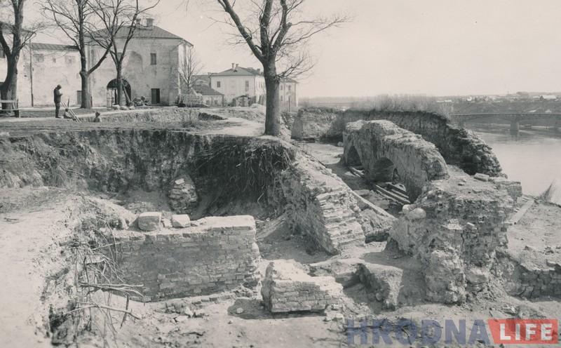 Значная частка Замкавай гары была раскапана яшчэ ў 1930-40-х гг.