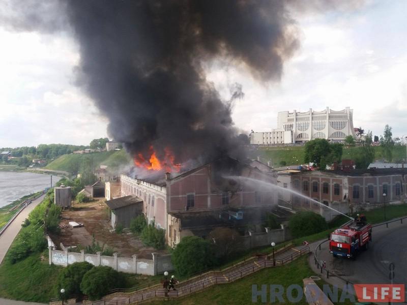 Пожар на пивзаводе, 21 мая 2017. Фото: Руслан Кулевич