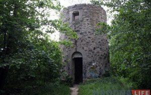 Старую вежу ў Румлёўскiм парку купляюць з аўкцыёну за 9000 долараў. Што там будзе - пакуль невядома