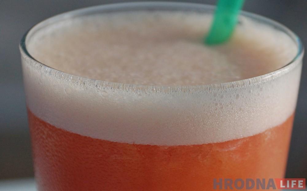 Гарачыя прапановы халодных напояў. 7 спосабаў наталіць смагу ў Гродне летам