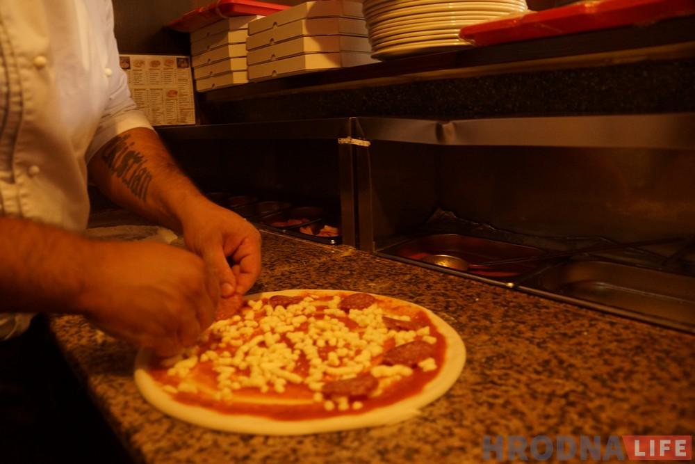 Вuon appetito! Італьянскі піцаёла гатуе для гарадзенцаў і (не) раскрывае прафесійныя сакрэты