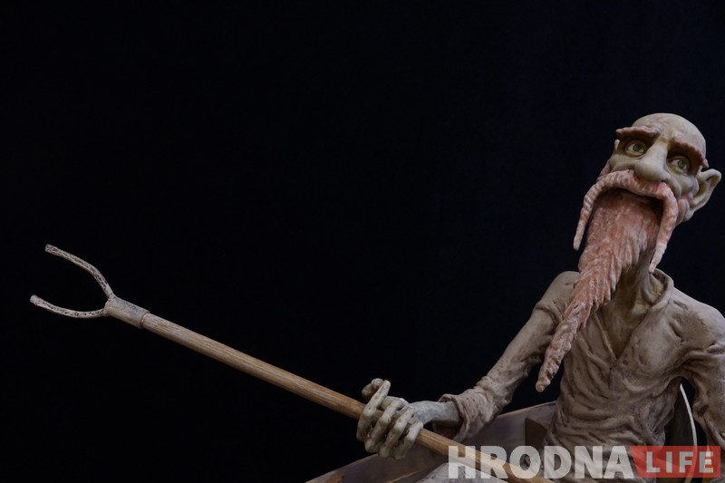 """Злыдни vs домовых. Выбери, на чьей стороне ты, посетив выставу """"Старые герои – новый мир. Герои беларусских сказок, мифов и легенд"""""""