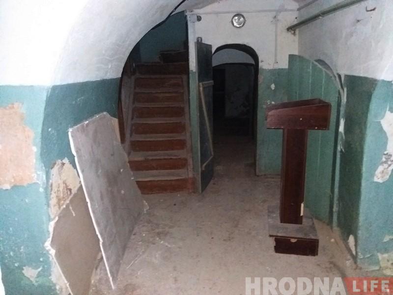 Таямнічы «Дом масонаў» у цэнтры Гродна: фотарэпартаж са старога будынка, які мала хто бачыў знутры