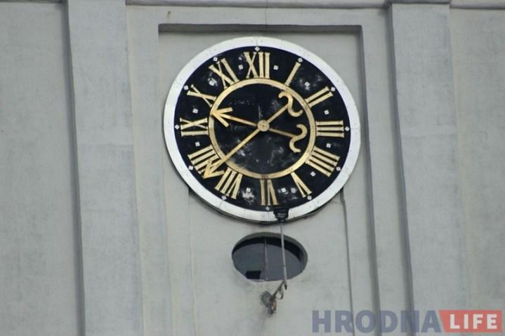 Гадзіннік Фарны касцёл часы