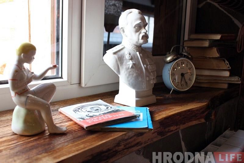 """«Не все поймут, но многие вспомнят». Гродненская семья открывает в Коробчицах бар «Товарищ», где можно """"вернуться"""" в СССР"""