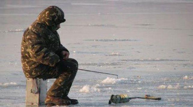 Пад Гродна трое рыбакоў праваліліся пад лёд: адзін з мужчын загінуў