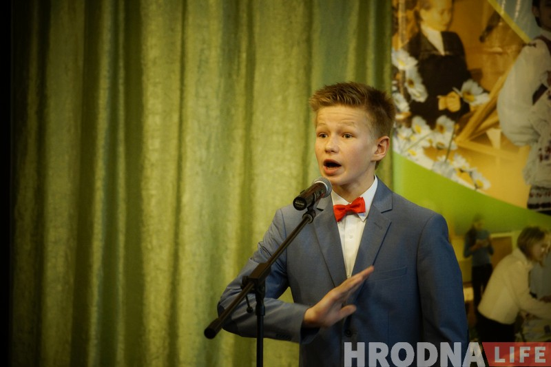 """Пераможцы конкурса """"Чытаем па-беларуску з velcom"""" давялі журы да слёз"""