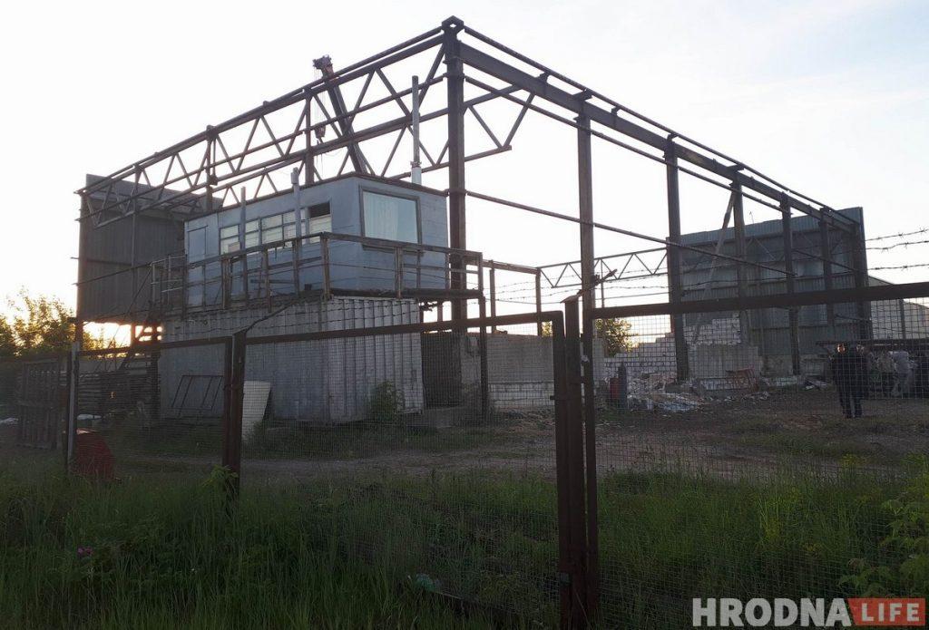ЧП на Румлевском проспекте: обрушилась стена, погиб один человек