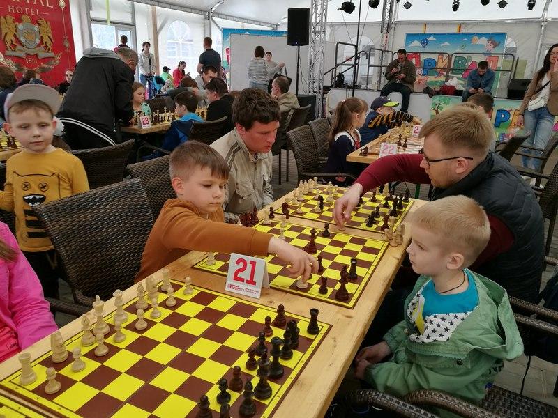 Міша Дзюрдзь: перамог рак, пайшоў у школу і навучыўся гуляць у шахматы