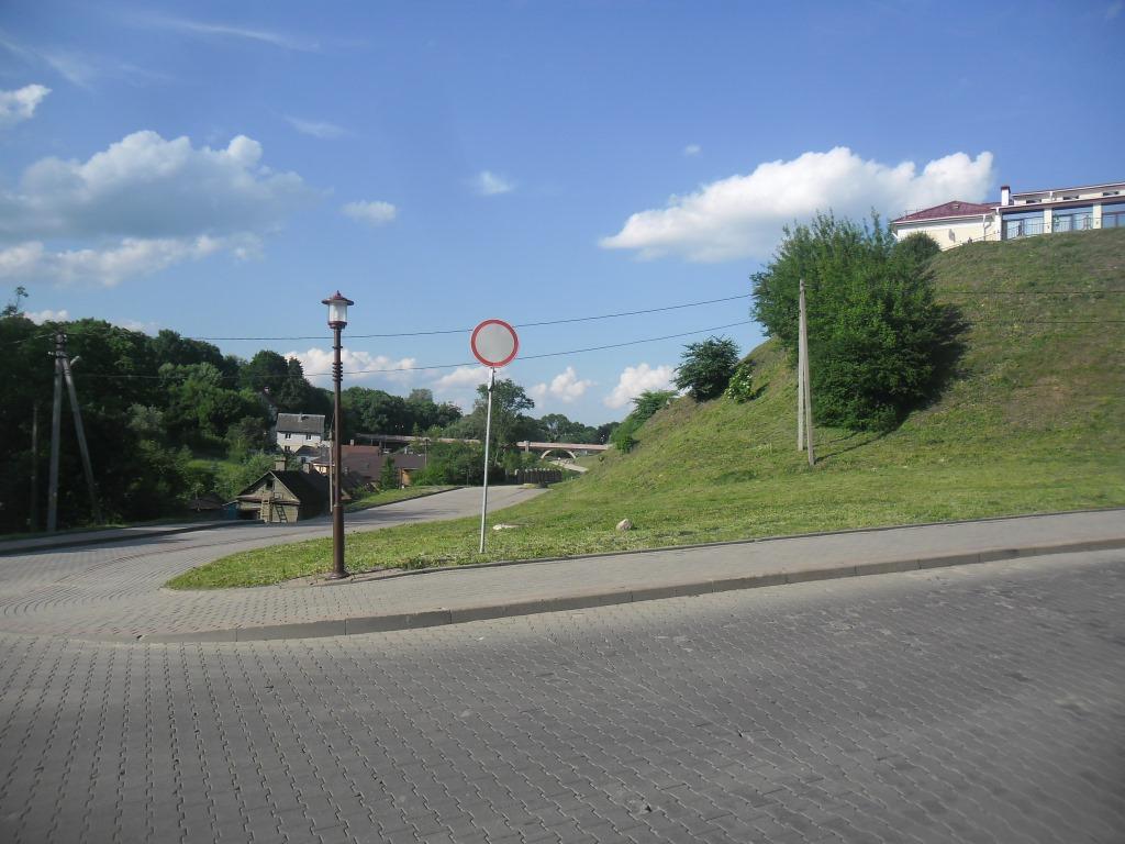 Глядзіце: гродзенская вуліца без адзінага дома, назвы якой вы не ведаеце