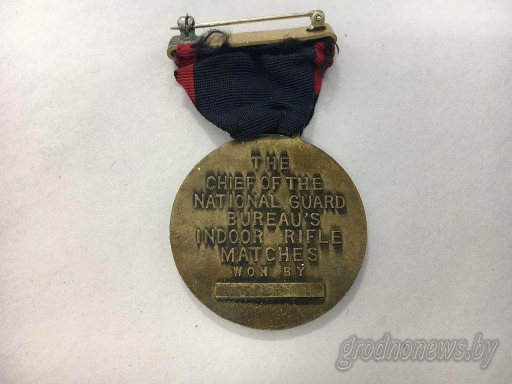 У Гродне ў закінутым доме мужчына знайшоў амерыканскі медаль