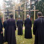 Гродзенскія святары маліліся ў Курапатах аб ахвярах палітычных рэпрэсій