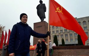 Гродненский школьник выступил на митинге коммунистов и рассказал, почему молодёжь не участвует в их движениях