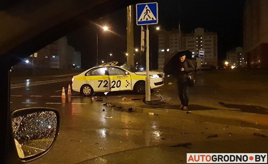 Чаму гродзенскія таксі часта трапляюць у аварыі? Тлумачаць дырэктар і таксіст