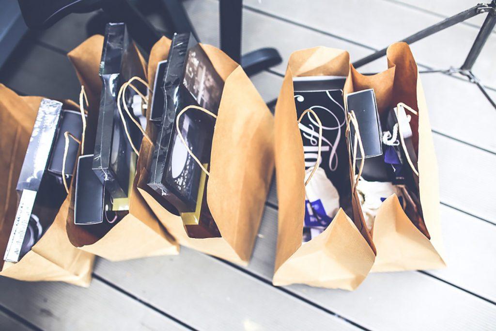 Белорусы стали чаще делать крупные покупки за границей: везут бытовую технику и мебель