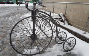 """Смотрите, какая велопарковка появилась у филармонии. Это символ """"ВелоГродно""""?"""