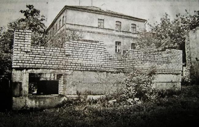 Семашко, остановись! Что на самом деле нужно построить на пустыре напротив тюрьмы