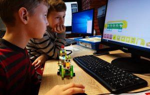 Образовательный центр ПВТ: IT-образование для взрослых и детей