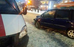 В Гродно «Фиат» столкнулся со «скорой», везущей роженицу. Медики рассказали, как чувствует себя беременная, попавшая в аварию (обновлено)