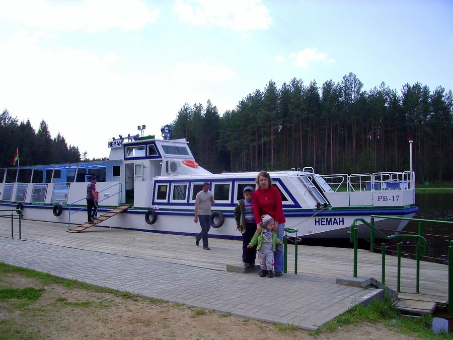 """Цеплаход """"Нёман"""" на Аўгустоўскім канале. Фота Ю.Саяпіна"""