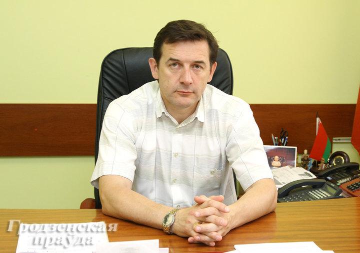 4 года взяток: судят экс-начальника гродненского облзрава Андрея Стрижака