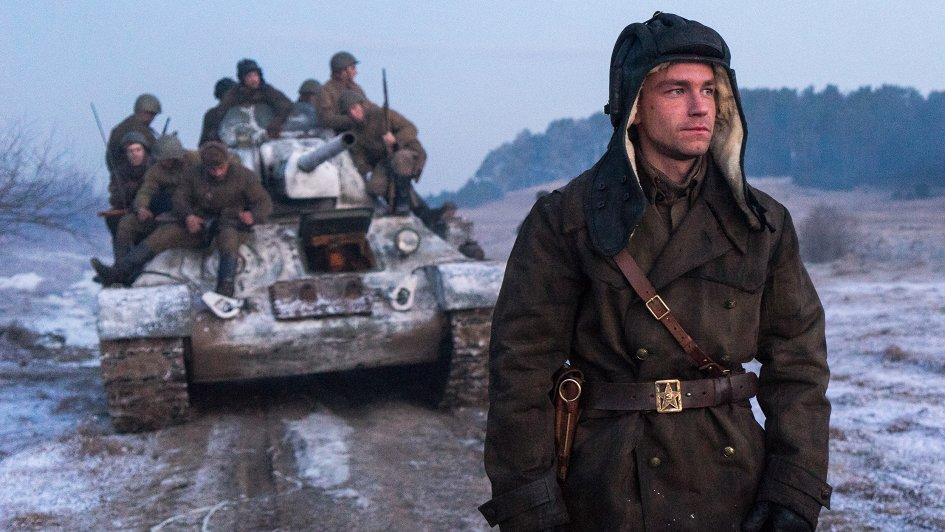 «Т-34»: новогодне-военное кино, которое (плохо) пытается подражать Западу
