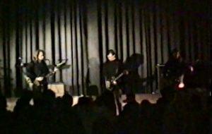 """После """"Клетки"""" перебрались в """"Космос"""": смотрите еще одно видео рок-концерта 90-х"""
