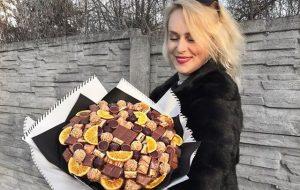 Любовь с аппетитом: Гродненка делает букеты, которые можно съесть