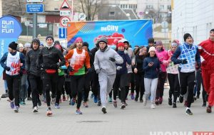 Вышли из спячки: гродненские любители бега пробежали вокруг Гродно