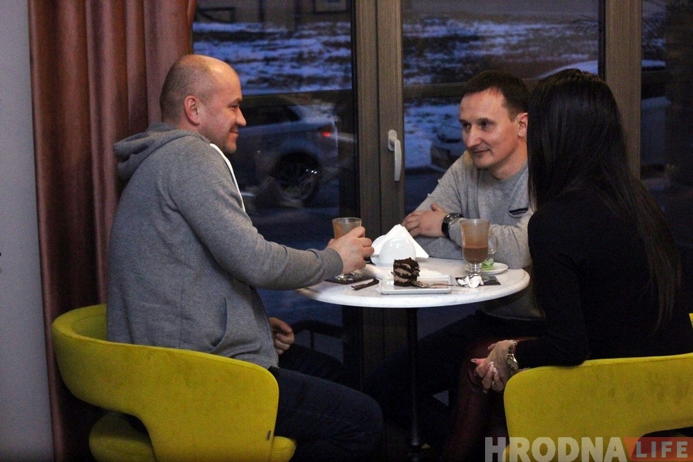 """На Будзёнага адкрылася кавярня """"Какао"""": там шмат рознага шакаладу"""
