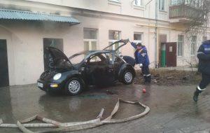 Утром на Кирова горел автомобиль
