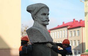 В Гродно демонтируют памятник Чапаеву (обновлено)