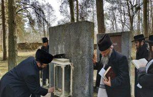 225 лет со дня смерти: хасиды из Нью-Йорка приезжали в Гродно молиться на могиле праведника