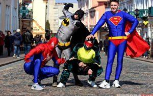 ВИДЕО: Реакция гродненцев на супергероев