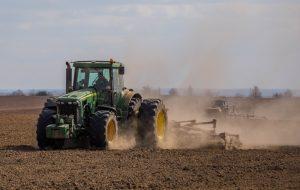 ІТ-страна: как в Гродно тракторы работают по мобильному приложению