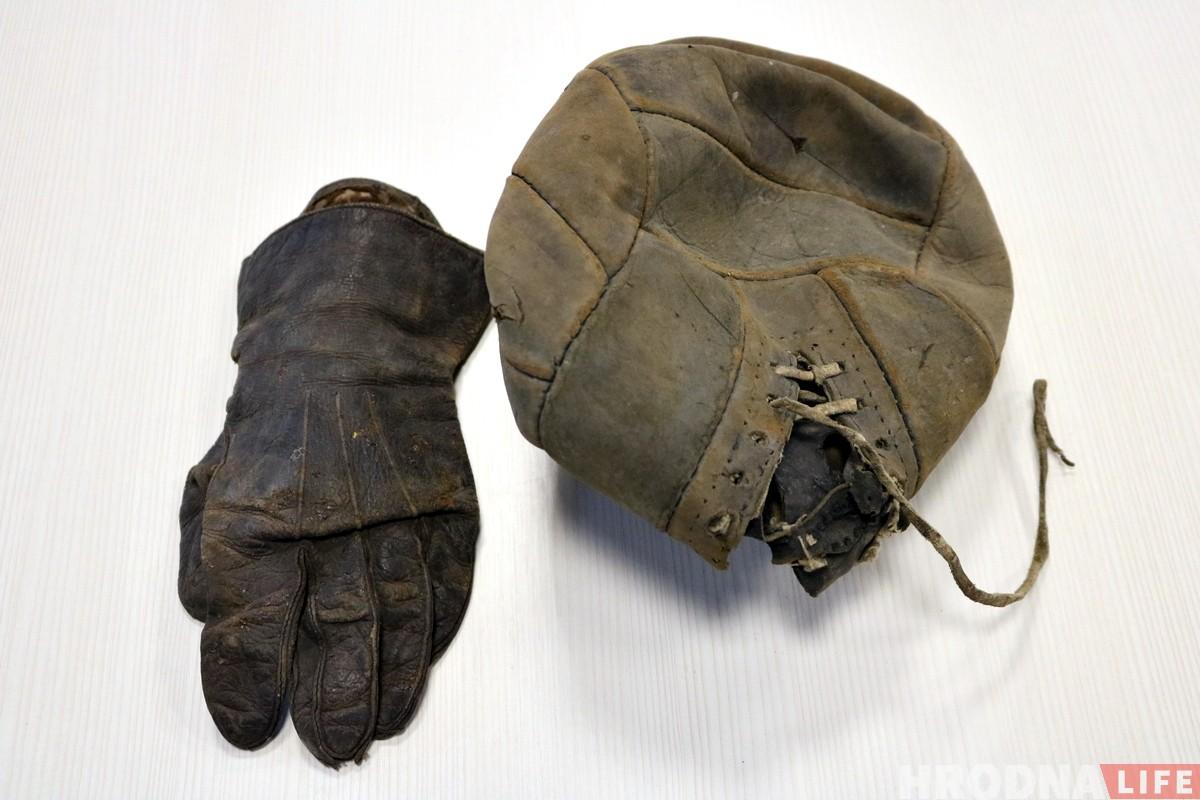 Чытач знайшоў футбольны мяч, якім маглі гуляць у міжваенным Гродне