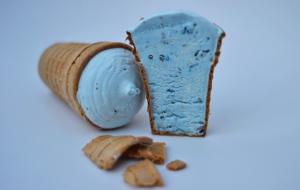 Васильковое мороженое пропало из продажи. Новая партия будет без фразы «Жыве Беларусь!» на упаковке