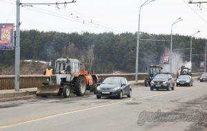 Мост по улице Поповича в Гродно обследуют специалисты. Стоит волноваться?
