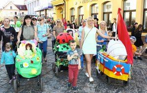 Парад колясок в Гродно отменен из-за погоды