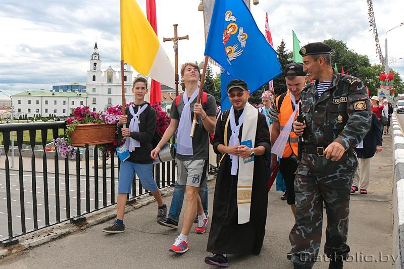 МУС адказаў святарам: дадатковых аплатаў за рэлігійныя мерапрыемствы не будзе