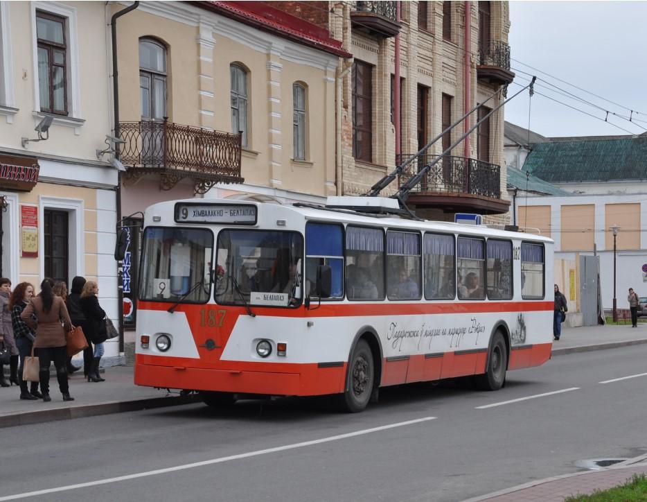 В Гродно детей прокатят на «литературном» троллейбусе