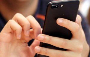 Минус 680 рублей на счету: смартфоны Huawei скачивают глобальное обновление