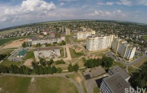 Многодетным семьям Гродненского района строят жилье в Скиделе